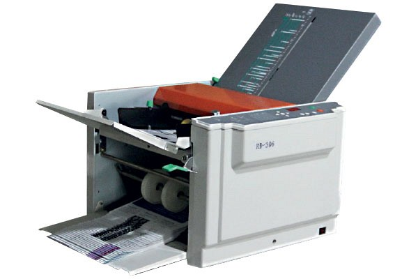 Folding Machine / Booklet Maker